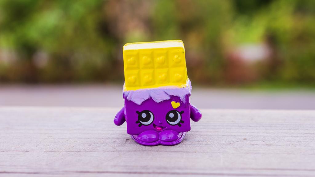 Файл:Exclusive cheeky chocolate toy.jpg