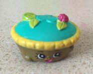 Queen of tarts ssp toy