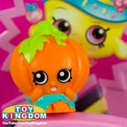 Pumpkinella toy