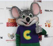 Chuck E Costume 7