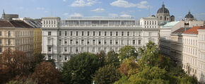 Generalgouverneurs Palast - Embassy of Aquitania in Eire, West Republics