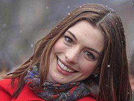 File:Anne-Hathaway.jpg