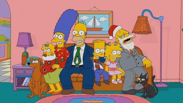 File:Family Christmas portrait.jpg