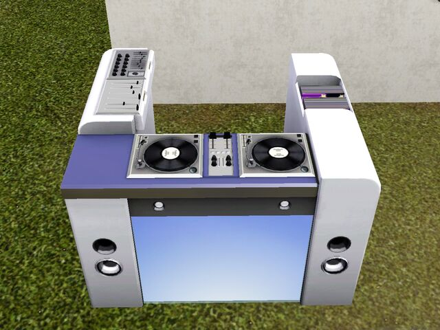 File:Freestyle DJ Booth.jpg