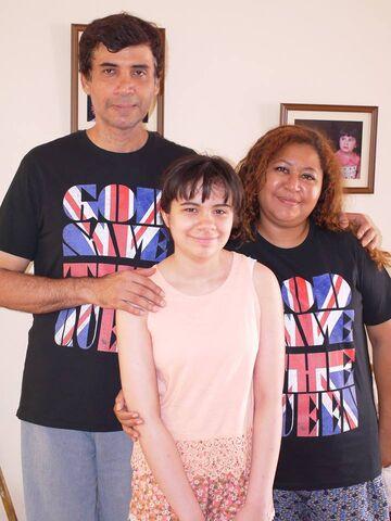 File:Tio Cesar Becerra and Tia Jessica Becerra and Sophia Becerra.jpg