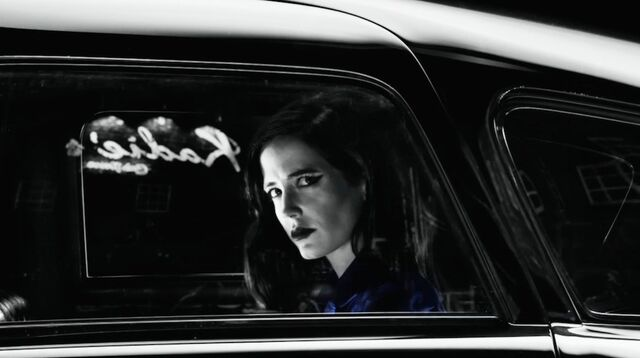 File:In d car.jpg