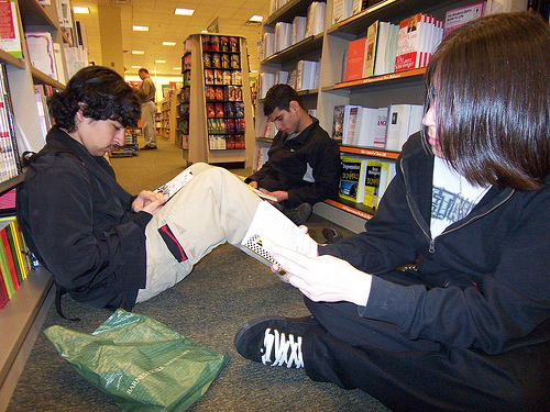 File:Silent Sustained Reading.jpg
