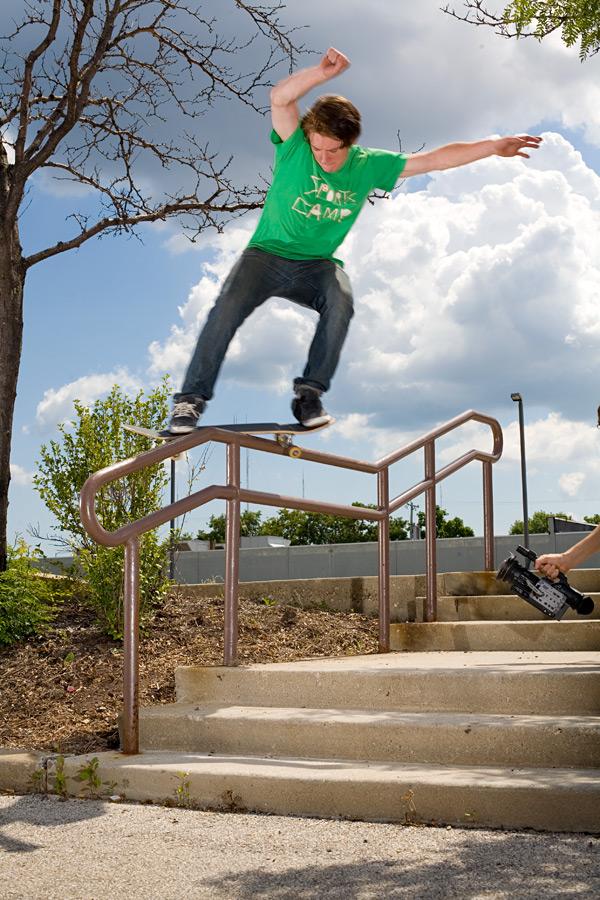 grind skateboard