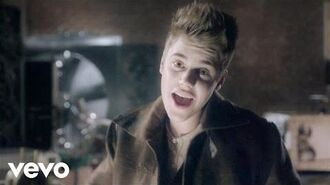 Justin Bieber - Santa Claus Is Coming To Town