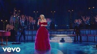 Kelly Clarkson - Silent Night ft