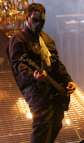 File:Paul Gray at Mayhem.jpg