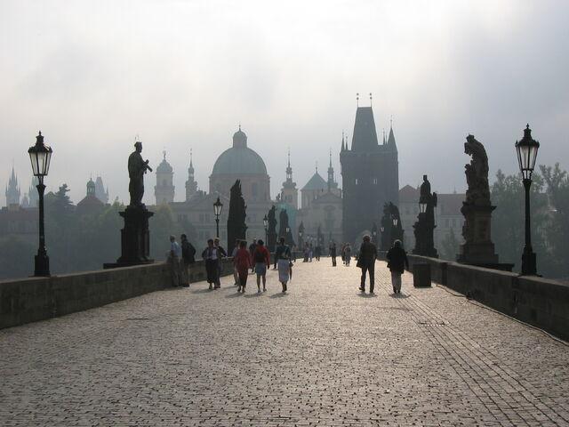 File:Karlov Most.jpg