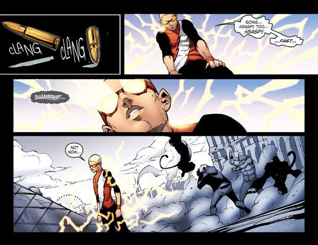 File:Smallville Season 11 027 (2012) (Digital) (K6DVR-Empire) 18.jpg
