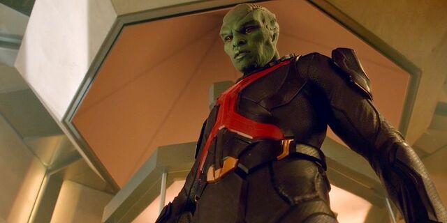File:Supergirl-Martian-Manhunter-Jonn-Jonzz.jpg