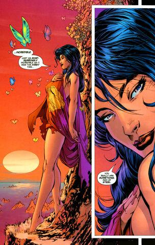 File:Lois super cape.jpg