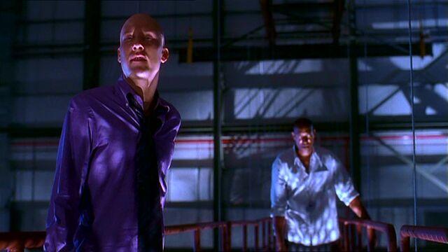 Archivo:Smallville108 567.jpg