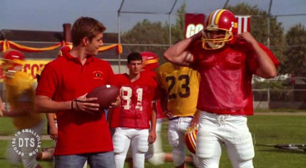 File:Clark tries out for the football team..jpg