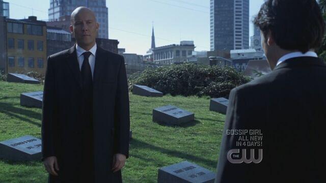 File:SmallvilleS7E16-283.jpg