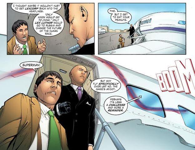 File:Smallville Alien ch 2 pg 18.jpg