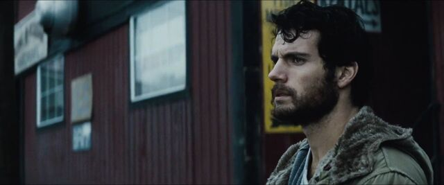 File:Man-of-Steel-Trailer-Images-Henry-Cavill-as-Clark-Kent.jpg