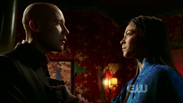 File:SmallvilleS7E2-165.jpg