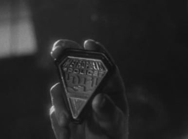 File:Noir pentagon badge.jpg