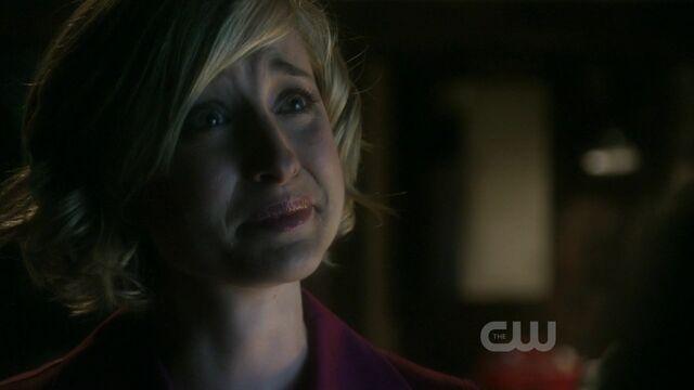 File:Smallville S09E01 mkv 002176840.jpg