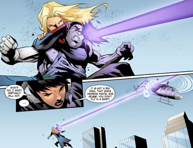File:Smallville - Chaos 010 (Digital-Empire)005.jpg