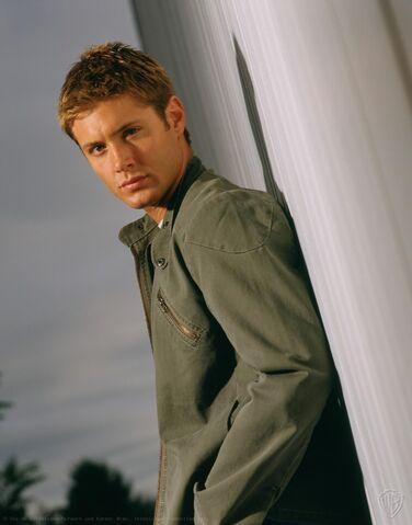 File:Jensen Ackles Smallville Promotional 6-12.jpg