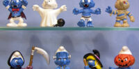 2006 Smurf figurines