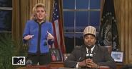 SNL Miley Cyrus - Hillary Clinton