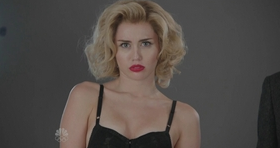 File:SNL Miley Cyrus - Scarlett Johansson.png
