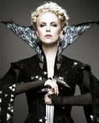 Steal-the-style-snow-white-and-the-huntsman-vert