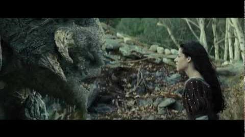"""Snow White and the Huntsman Clip - """"A Troll Attacks"""" (HD)"""