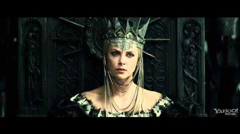 """Snow White and the Huntsman Clip - """"The Queen and the Huntsman"""""""