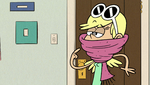 File:S1E03B I'm wearing a scarf.png