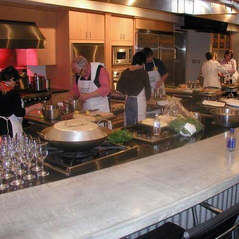 File:Greenwood-mississippi-viking-cooking-school.jpg