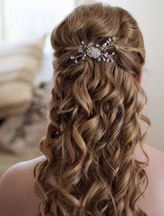 File:Braided Wedding Hairstyle 3.jpg