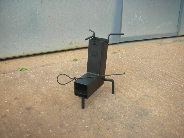 File:Buy a DK rocket stove for sale.JPG