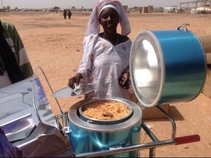 File:UNCHR supplied Blazing Tube soalr cooker in Burkina Foaso, 2-9-15.png