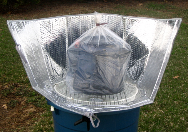 Fichier:Super-size windshield shade cooker.jpg