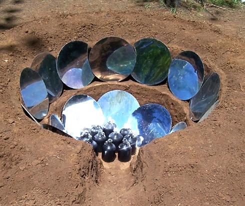 File:Parabolic Earthen Solar Cooker, Bart Orlando, 1-30-17.png