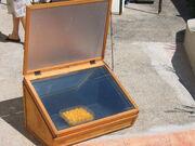 2005-09-24 1319 - Première utilisation du four solaire