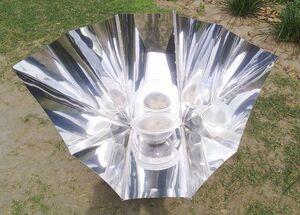 Celestino Solar Funnel Cooker