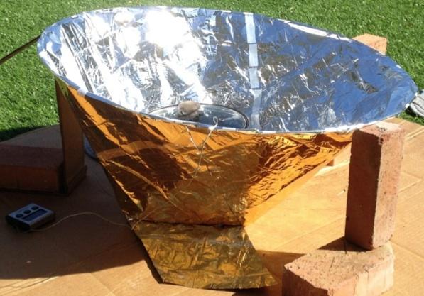 File:Haines Pop-open Solar Cooker 2, 2-10-14.jpg