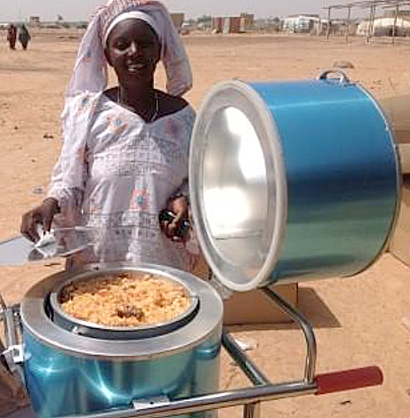 File:UNCHR supplied Blazing Tube solar cooker in Burkina Faso, 2-9-15.png