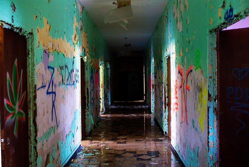 File:Creepy Hallway.jpg