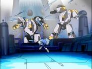 Sonic startled by two robots Sonic X episode 1