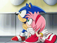 Sonic saves amy