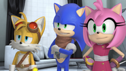 S2E35 Tails Sonic Amy